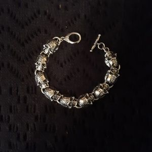 Jewelry - NEW! Skull bracelet.